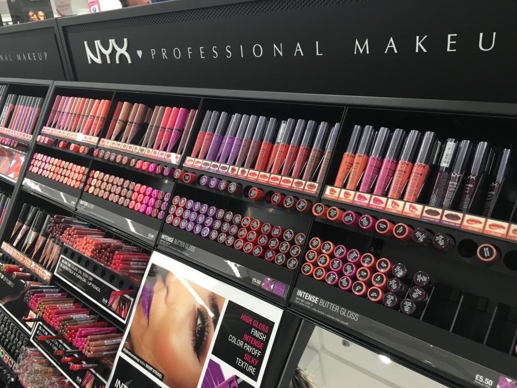 Makeup counter