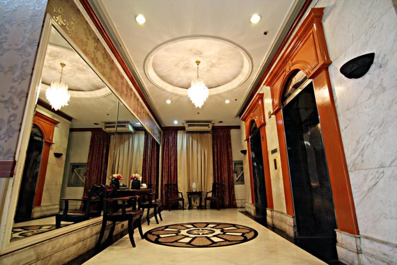 MPT hotel suites lobby