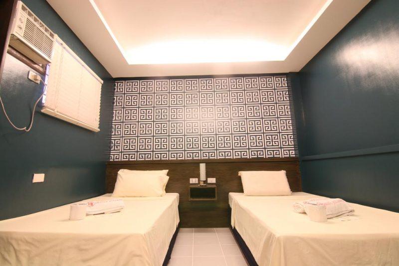 hotel juliano room