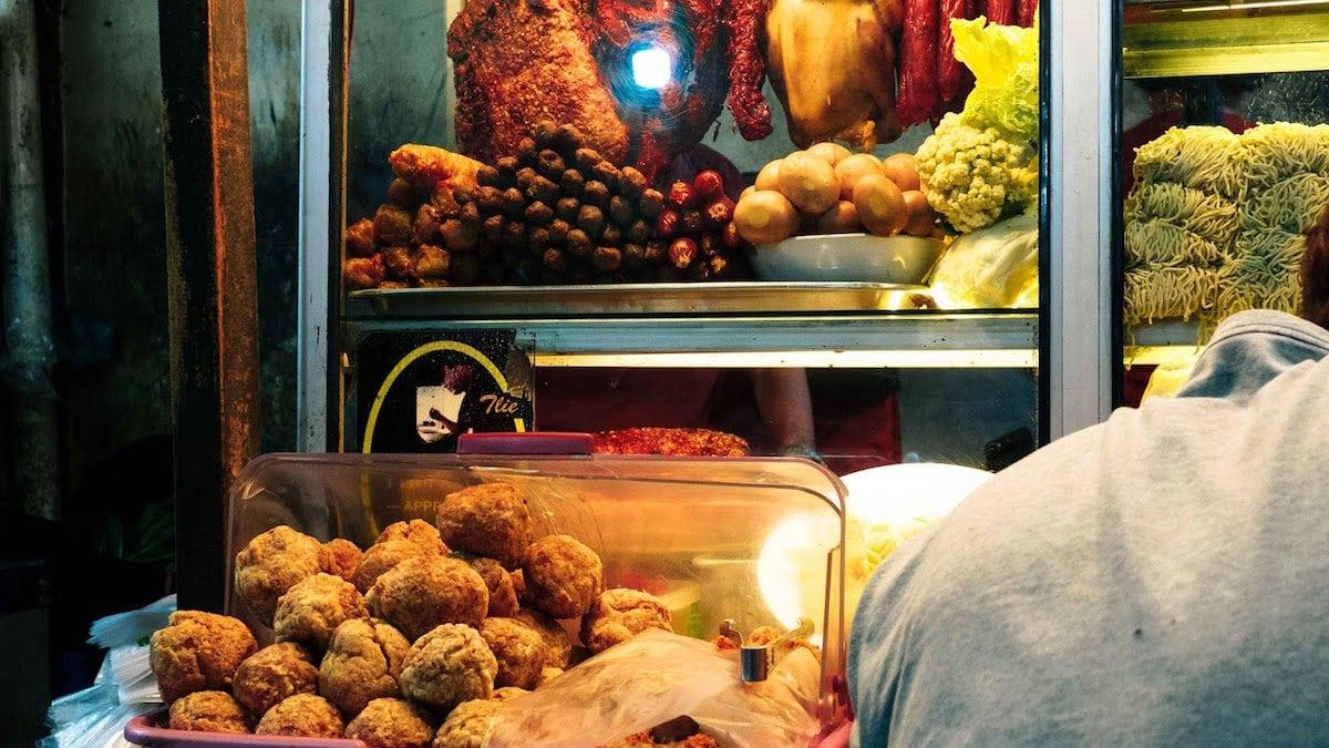 Yuk Nostalgia Cicipi 6 Kuliner Di Petak Sembilan Yang Legendaris Ini