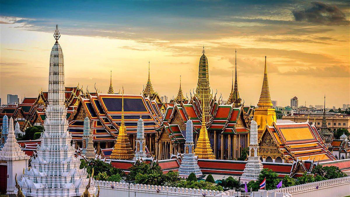 10 Tempat Wisata Unik dan Menarik di Bangkok yang Wajib Dikunjungi Wisatawan