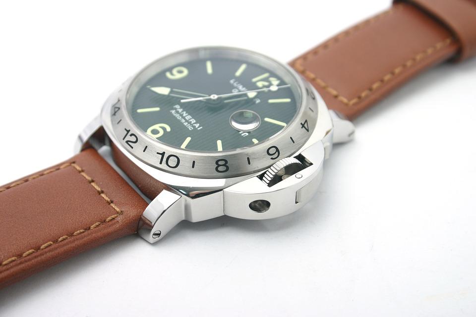 model jam tangan pria keren