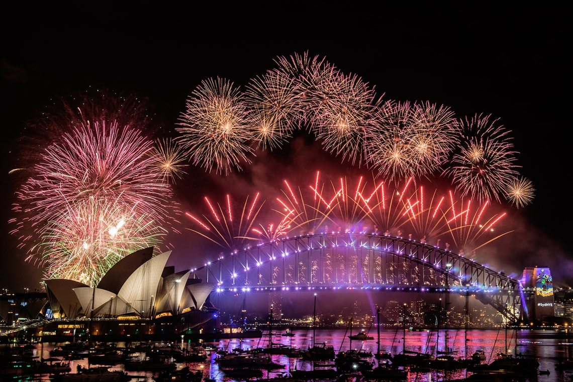10 Pesta Tahun Baru Terbesar dengan Kembang Api Termegah
