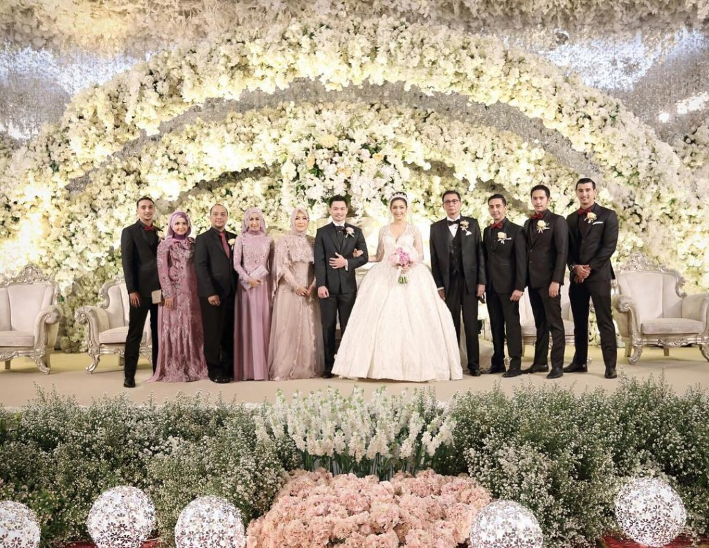 Image Instagram Com Ns Ieb Royal Wedding