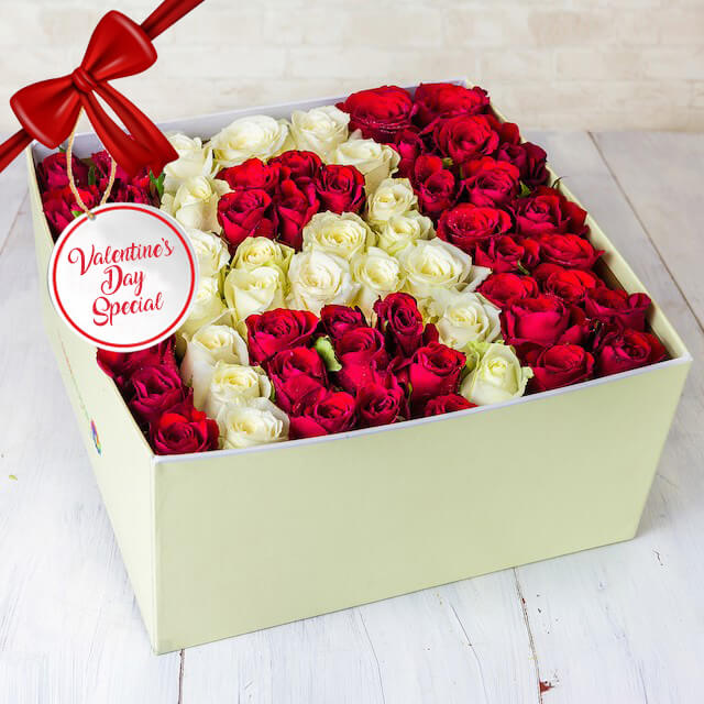 Vday - Special Initial A box of Mixed Roses with special initial (per request)