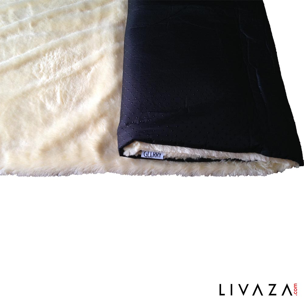 Square Cream Fur Rug 100 x 150 cm by glerry home decor