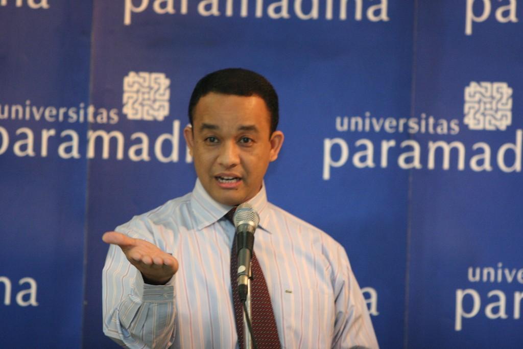 Rektor termuda di Indonesia
