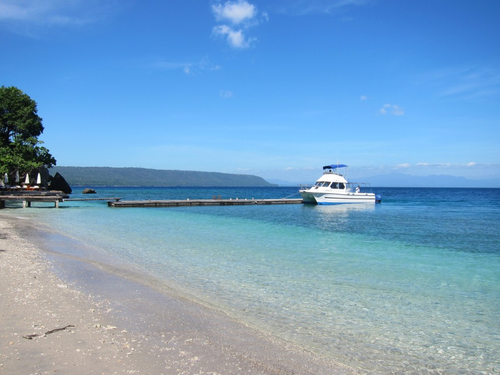 pulau moyo Lokasi Syuting Film di Indonesia