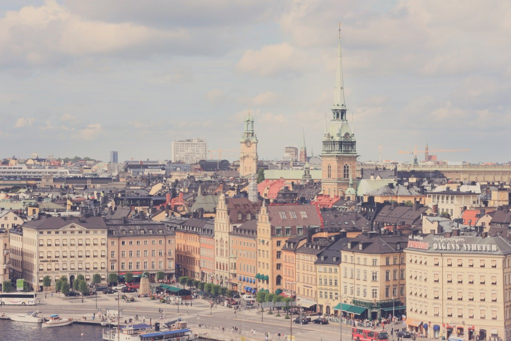city-buildings-church-scandinavia