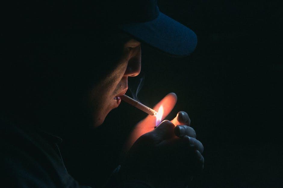 hukum merokok saat puasa
