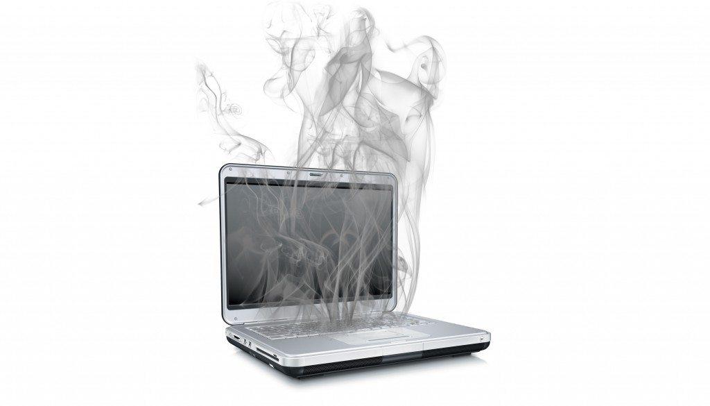laptop berasap