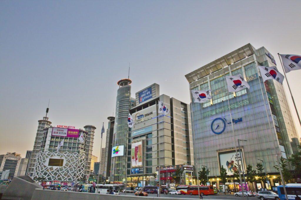 8 Tempat Belanja Produk Fashion di Dongdaemun Seoul Korea