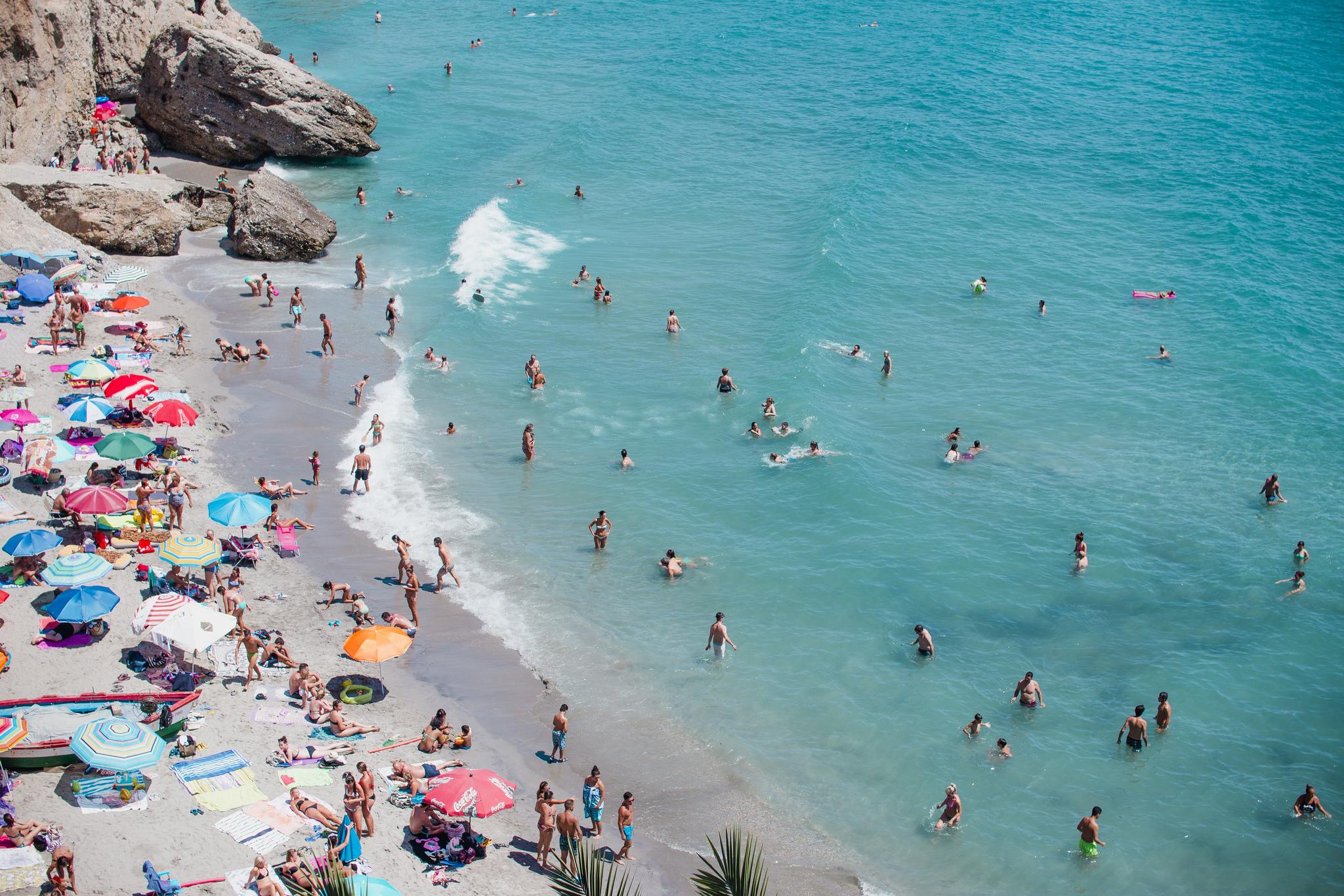 8 Inspirasi Permainan Seru Untuk Dilakukan Di Pantai