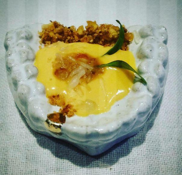 dessert dalam cetakan gigi