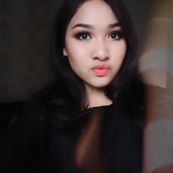 7 Beauty Vlogger Cocok Buat Kamu yang Baru Suka Makeup!