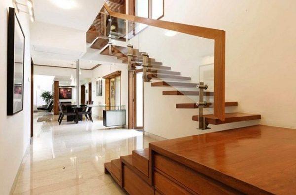 ide desain tangga kayu