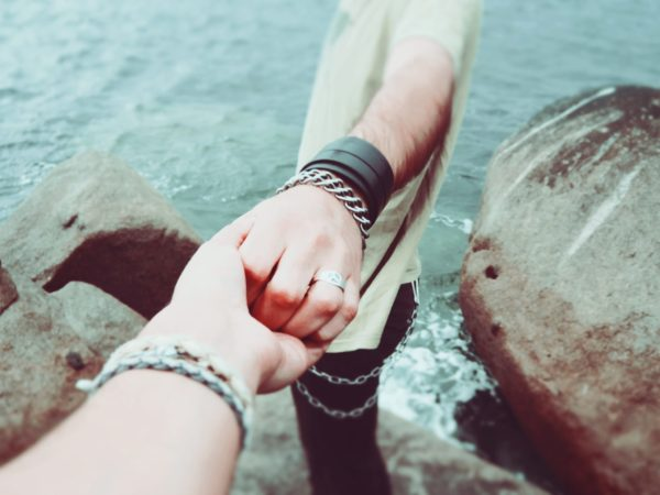 Tips Langgeng Menjalani LDR Hingga ke Pernikahan