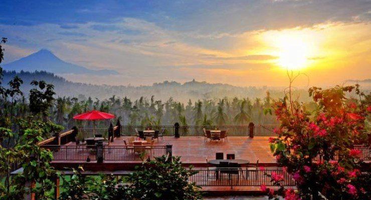 6 Tempat Makan di Bandung dengan Pemandangan yang Memanjakan Mata