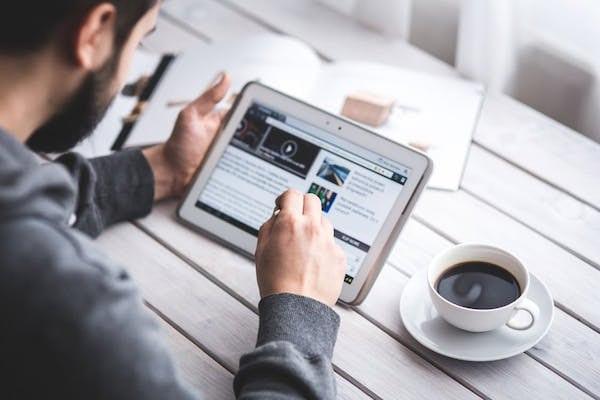 Belajar dari Saracen, Ini Cara Membentengi Diri dari Perkembangan Dunia Digital