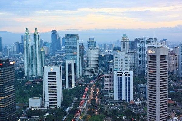 15 Deretan Perusahaan Besar Berusia Matang di Indonesia