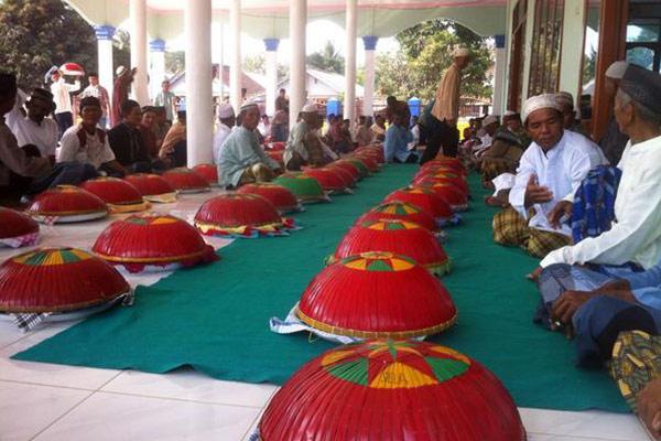 Tradisi Sumatra Unik