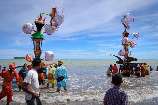 tradisi di sumatra tabuik