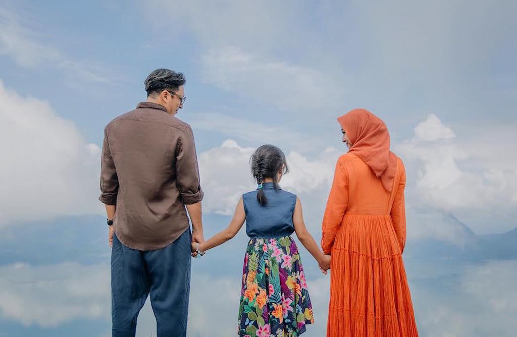 4 Tips Sukses Menikah dengan Duda