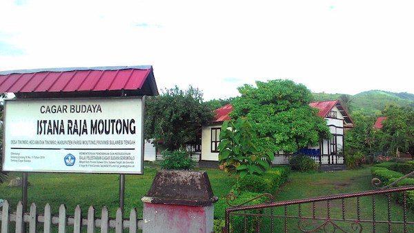 Istana Tinombo
