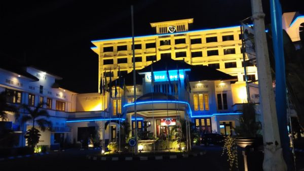 hotel angker