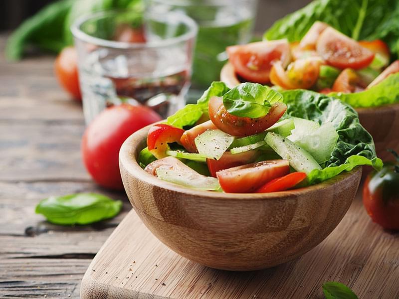 Cara Membuat Salad Sayur yang Efektif Basmi Jerawat