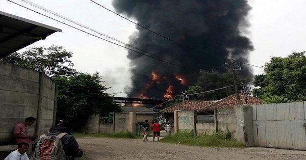 kebakaran pabrik petasan