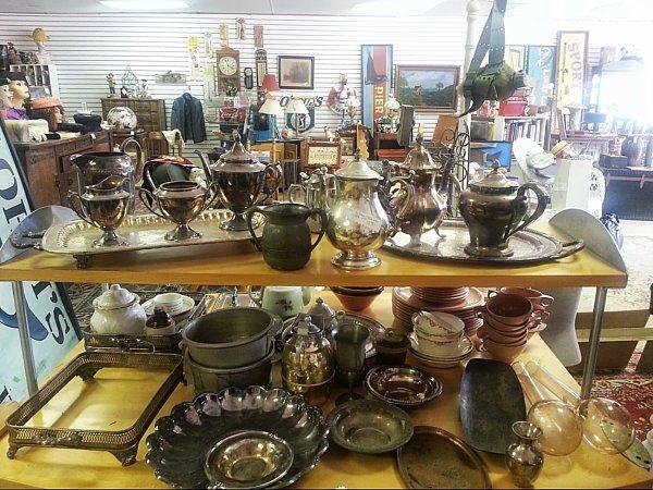 bisnis barang antik