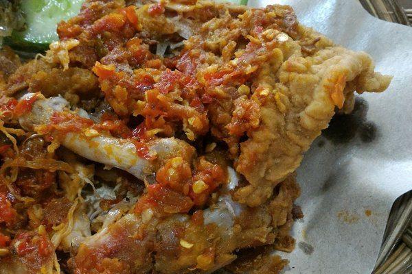 ayam geprek di Jogja