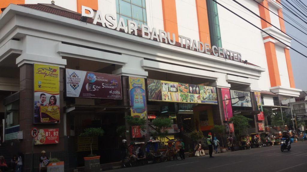 Pasar baru trade center - Pusat oleh-oleh Bandung