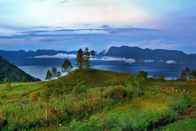 Puncak Lawang di Sumatera Barat