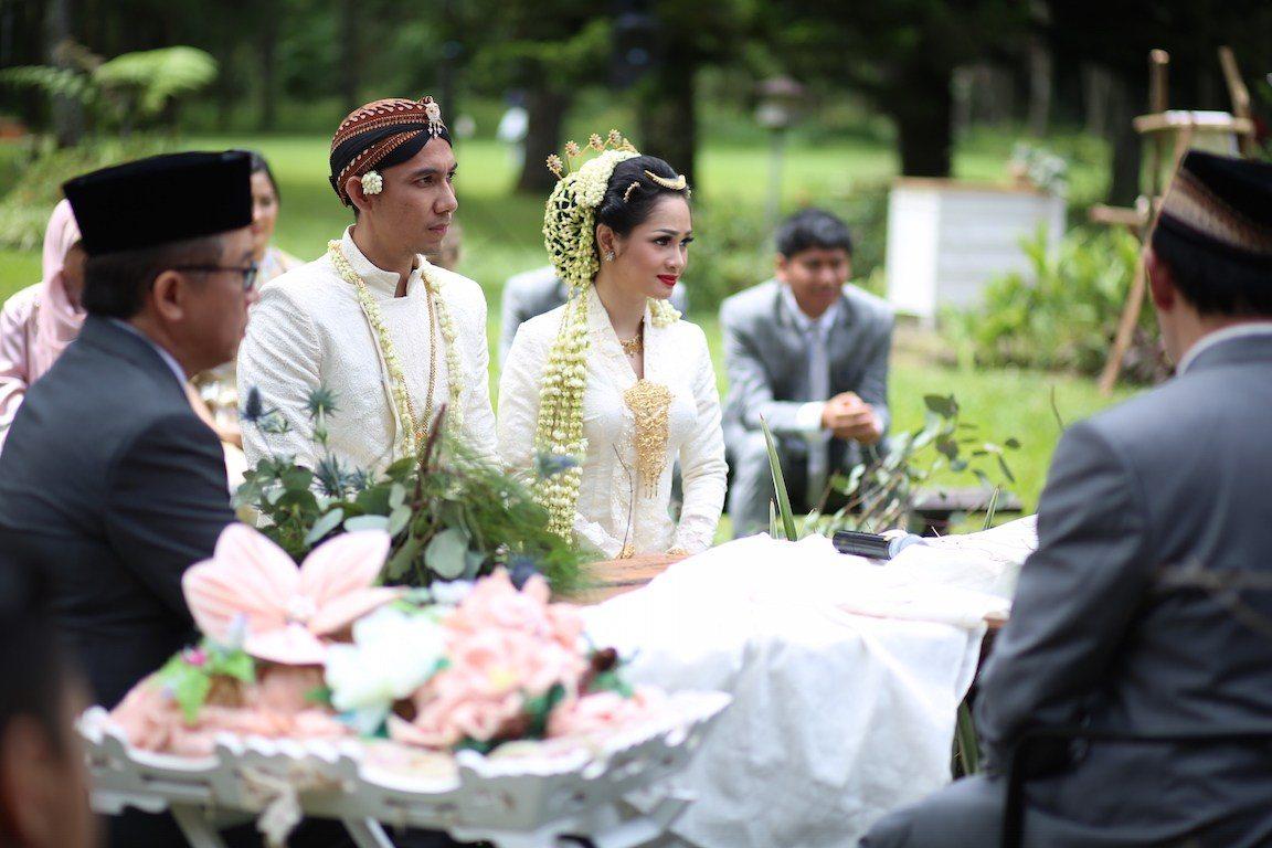 Mengapa Menikah Itu Baiknya Terbuka dan Rame? Inilah Alasannya
