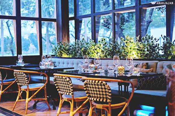 13 Tempat Makan Keluarga di Jakarta Pusat Enak dan Murah, Recommended