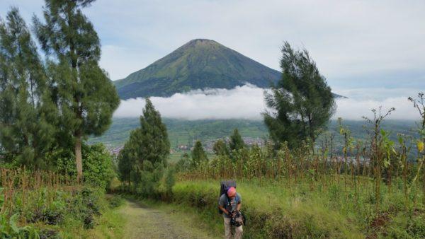 Gunung sindoro dan sumbing