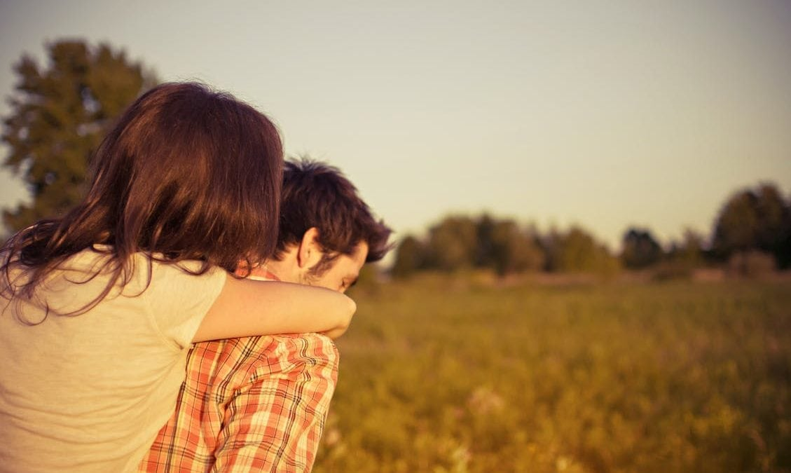Boys, Begini Lho 10 Cara Mengatasi Cewek yang Lagi PMS!