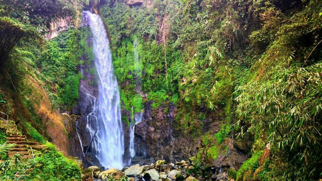 7 Air Terjun Kece! Tempat Wisata di Magelang Biar Nggak Borobudur Melulu