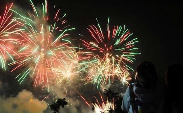 pesta kembang api di jakarta
