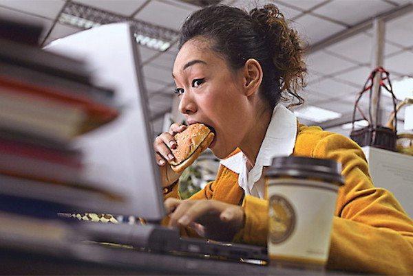 tips menghilangkan lipatan perut