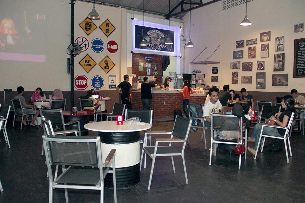 basecamp cafe