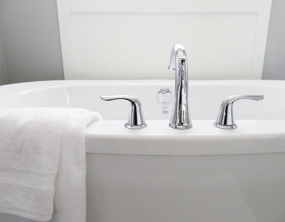 design kamar mandi minimalis