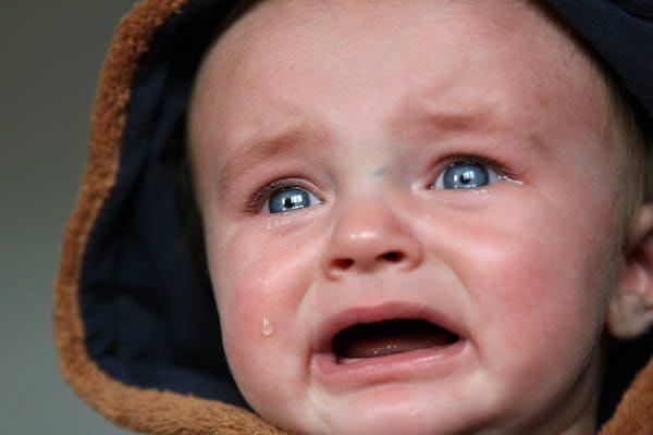 15 Perkembangan Bayi Usia 3 Bulan Yang Perlu Diketahui