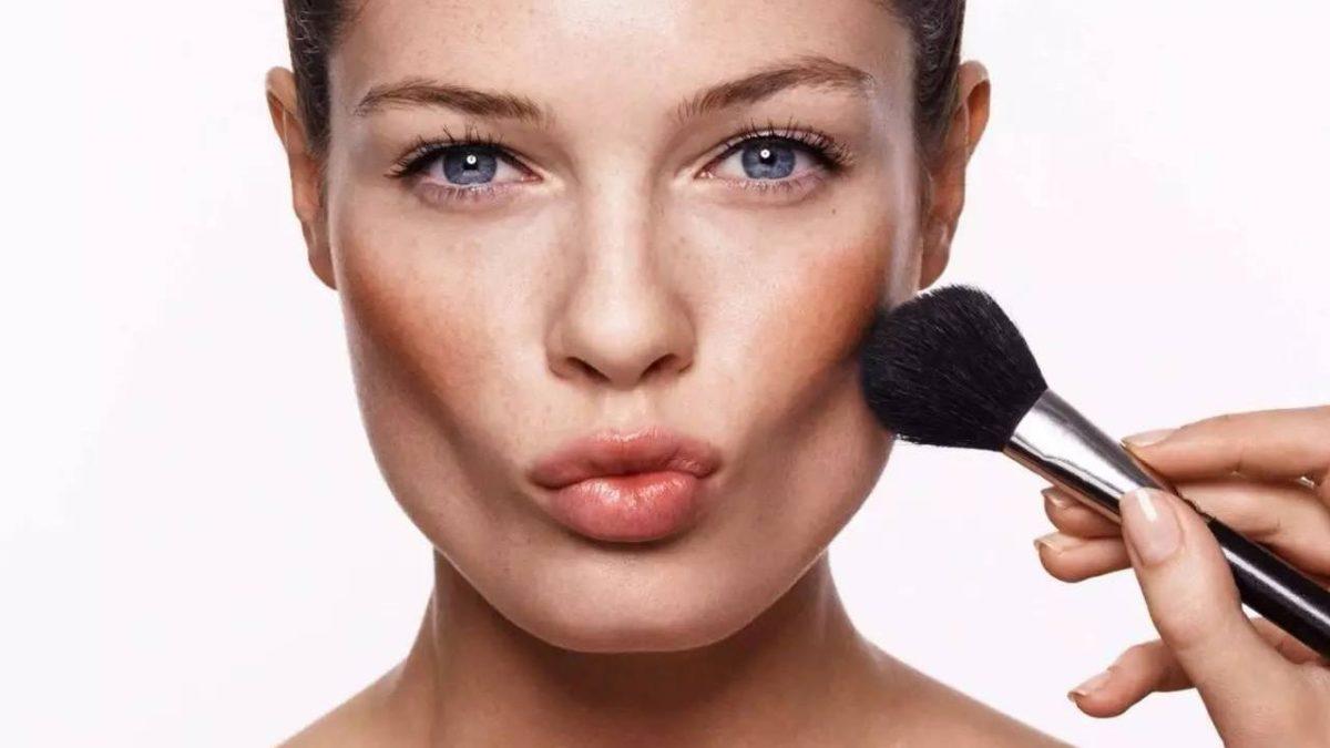 4 Tips Memilih Blush On Sesuai Warna Kulit Kamu