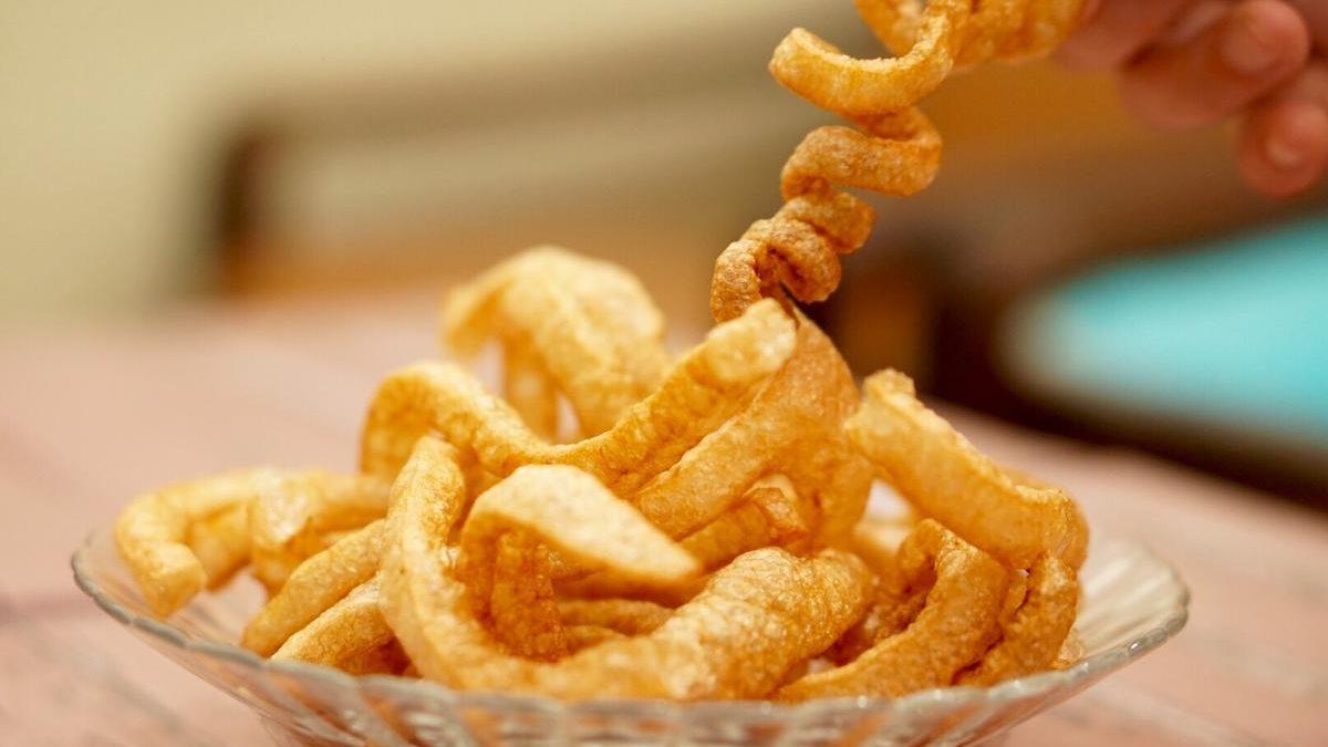 9 Jenis Kerupuk Favorit Orang Indonesia, Buat Makanmu Lebih Lahap dan Nikmat