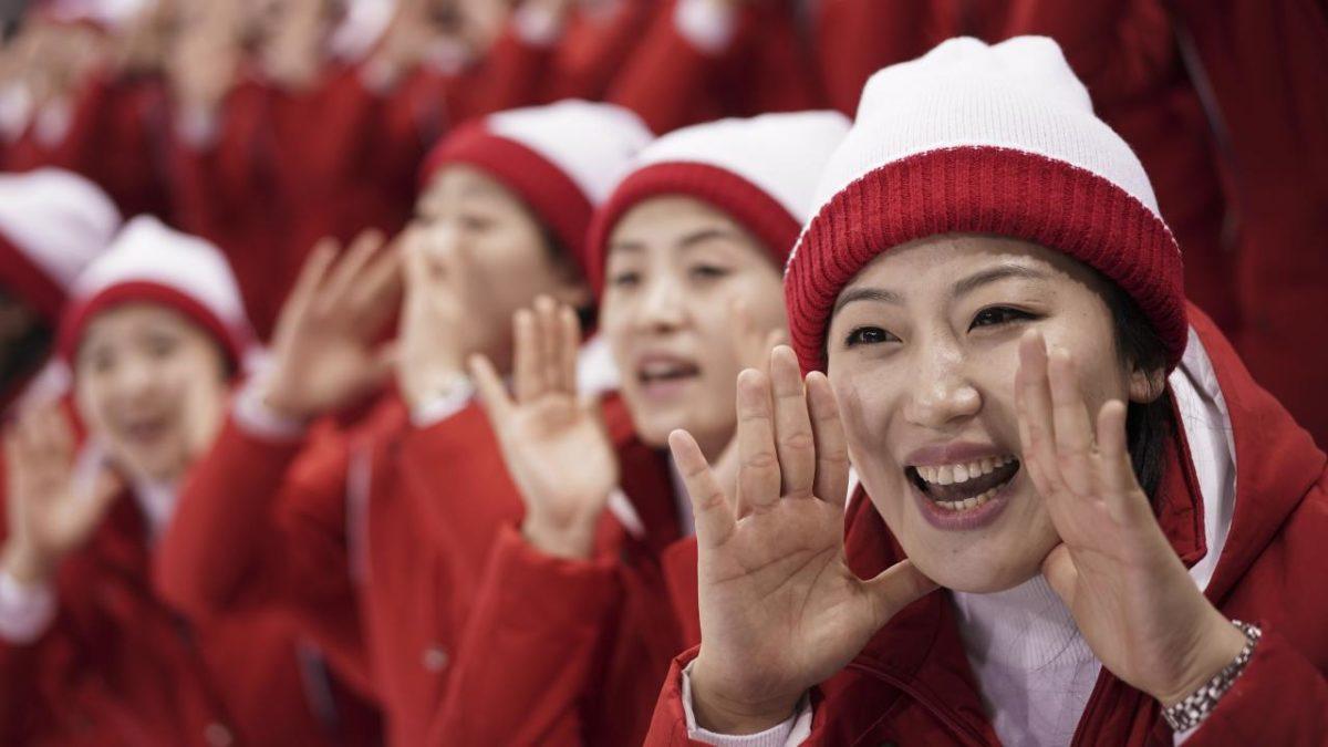 Yuk Intip 5 Keunikan Tim Cheerleader Korea Utara di Olimpiade Musim Dingin 2018