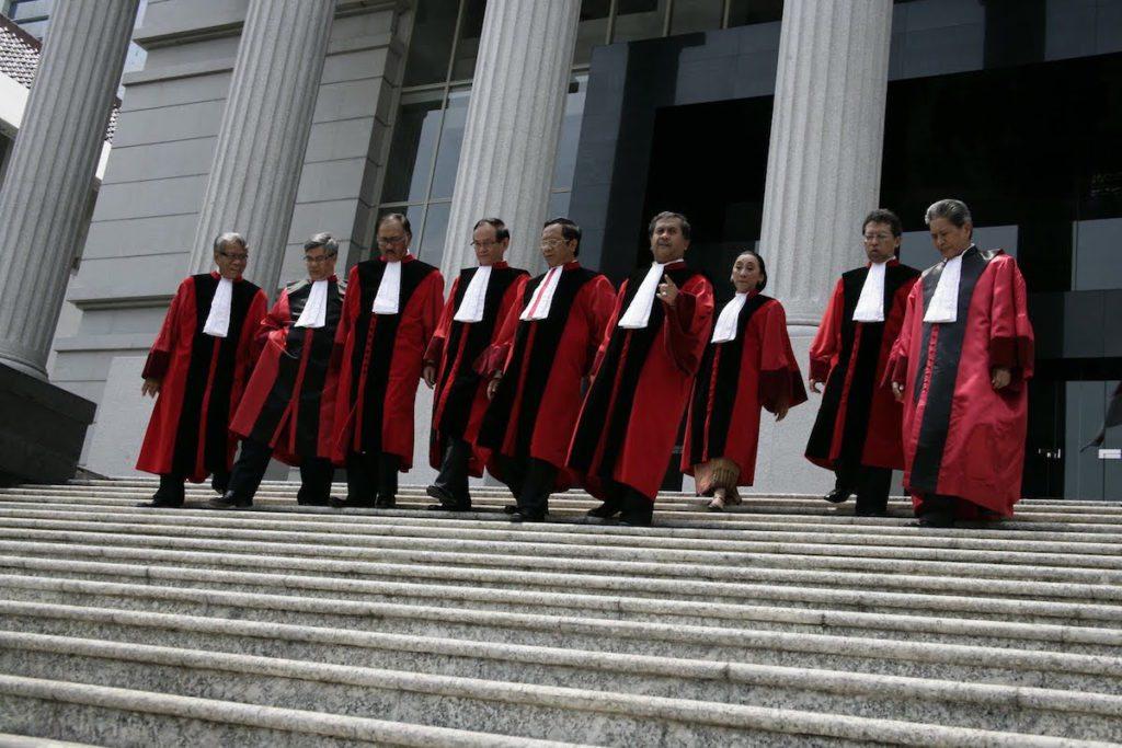 hakim konstitusi