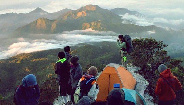 gunung gede favorit pendaki pemula